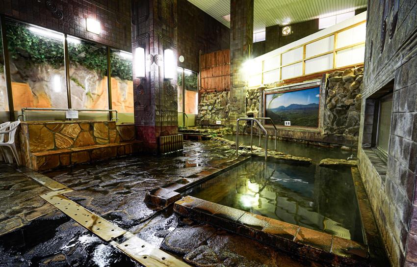 大浴場・岩風呂