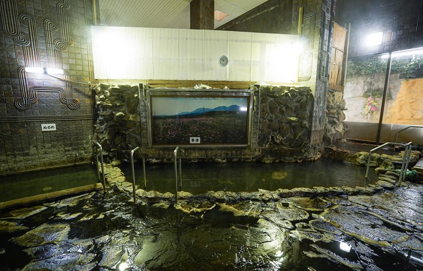 大浴場・岩風呂2